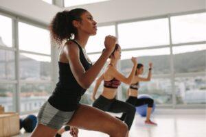 Exercícios que ajudam a reduzir o inchaço e retenção de líquido