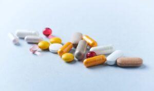 medicamentos sintéticos x medicamentos bioidênticos